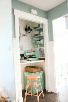 Closet Desks turn your closet into a desk/workspace in 3 easy steps! | crafts