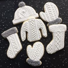 cable knit cozy Christmas.cookies