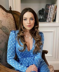 Top 10 Most Hottest & Sexy almost XXX nude photos 44 Sexy and Hot Elizabeth Gillies Pictures – Bikini, Ass, Boobs seen on Top Sexy Models . Elizabeth Gillies, Pretty People, Beautiful People, Beautiful Women, Liz Gilles, Victorious, Babe, Bodycon Dress, Glamour