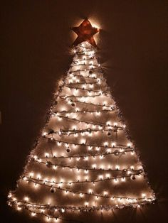 Layla made the star! 1st Christmas, Tree Wall, Super Simple, Star, Holiday Decor, Crafts, Home Decor, Manualidades, Decoration Home