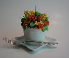 Spring Flwoer Pot cakelet, mini cake.