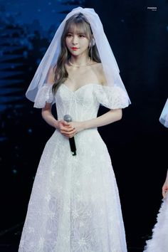 Bride Earrings, Elsa, Disney Princess, Wedding Dresses, Fashion, Bride Dresses, Moda, Bridal Earrings, Bridal Gowns