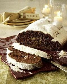Schoko-Butter-Stollen Our popular recipe for Chocolate Butter Stollen and over more free recipes on LECKER. Authentic Mexican Recipes, Mexican Food Recipes, Sweet Recipes, Chocolate Butter, Chocolate Desserts, Pan Dulce, Christmas Desserts, Christmas Baking, Stollen Recipe