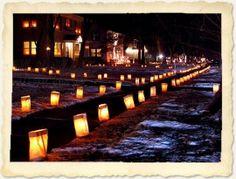 Creëer een sprookjesachtige sfeer op je bruiloft of feest met deze prachtige papieren lantaarns. Bijvoorbeeld als warm welkom voor je gasten door het pad naar de entrée te verlichten... Geen feestje te vieren? Verander dan je eigen huis of tuin in een gezellig, warm nestje.