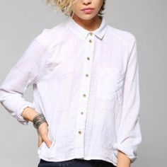 Urban Outfitters Cropped Shirt - S Urban Outfitters White Bdg Breezy Double-layer Cropped Shirt. In excellent condition. Size: S BDG Tops