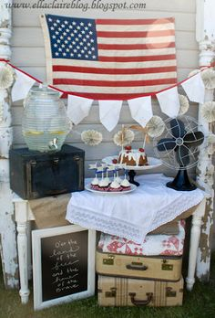 Vintage 4th of July Party Decor~ Lots of ideas here.