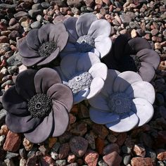 Look deep into nature, and then you will understand everything better. Slab Pottery, Pottery Bowls, Ceramic Pottery, Ceramic Art, Pottery Ideas, Pottery Sculpture, Sculpture Clay, Clay Flowers, Ceramic Flowers