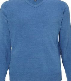 Bhs Supersoft Blue V Neck Jumper, Blue BR53A13FBLU Outstanding value supersoft jumper, perfect for layering and comfortable to wear.100% AcrylicMachine Washable http://www.comparestoreprices.co.uk/mens-clothing-accessories/bhs-supersoft-blue-v-neck-jumper-blue-br53a13fblu.asp