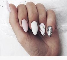 Nail art Christmas - the festive spirit on the nails. Over 70 creative ideas and tutorials - My Nails Silver Nails, White Nails, Pink Nails, Glitter Nails, My Nails, Glitter Art, Silver Glitter, Beauty Hacks Nails, Best Acrylic Nails