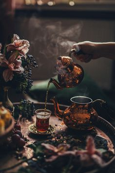 Tel Kadayif and Irmik Helvasi in 2020 Turkish Kitchen, Turkish Tea, Turkish Breakfast, Turkish Dessert, Food Photography Styling, Photography Tea, Food Styling, Wonderful Flowers, Coffee And Books