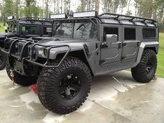 Hummer H1 - night vision, jump seats