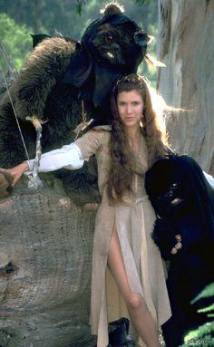 Принцесса Лея и эвоки всем поклонникам оригинальной трилогии ;)  star wars, принцесса лея, эвоки, ретро