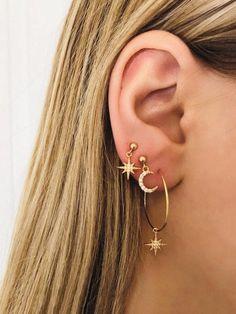 One pair of Carved Bone Tribal Gauged Earrings, Organic gauge, Body Piercing jewelry - Custom Jewelry Ideas Moon And Star Earrings, Circle Earrings, Cute Earrings, Crystal Earrings, Star Necklace, Statement Earrings, Hoop Earrings, Moon Necklace, Vintage Earrings