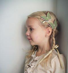Felt  Butterfly hair Clip  little girl by PaperdollAccessories, $8.00  http://www.etsy.com/treasury/MTUwNDM1NTN8MjQ2NjIwODE1OA/es-pee-ar-ai-en-geeyou-got-it
