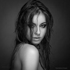 Klaudia Łosin by Tomasz Zienkiewicz  http://www.up-her.com/beauty-51347/klaudia-osin-by-tomasz-zienkiewicz/
