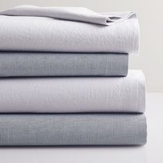west elm's modern bedding include duvets, sheet sets, pillows and more. Find chic bedding and bedding collections in a range of styles and colors. 100 Cotton Sheets, Cotton Sheet Sets, Bed Sheet Sets, Chic Bedding, Luxury Bedding, Velvet Duvet, Bed Images, Egyptian Cotton Bedding, Queen Sheets