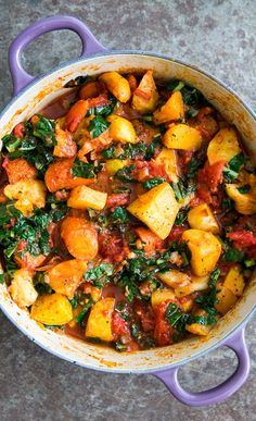Roasted Root Vegetables with Tomatoes and Kale! A ragout of roasted root vegetables—parsnips, carrots, beets, rutabagas—with tomatoes and kale No Toms this time of year for us but we'll let you use tinned. Whole Food Recipes, Soup Recipes, Cooking Recipes, Healthy Recipes, Beet Recipes, Recipes Dinner, Rutabaga Recipes, Healthy Soups, Cooked Kale Recipes