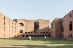 Louis Kahn's Indian Institute of Management in Ahmedabad Photographed by Laurian Ghinitoiu,© Laurian Ghinitoiu