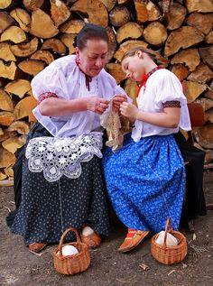 koronczarki Urszula Gruszka z wnuczka, image