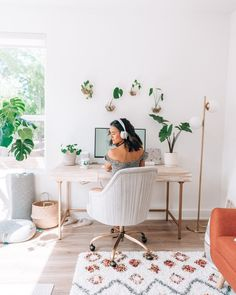 A Quick Guide to Houseplants for Beginners — Om & The City Dream Bedroom, Master Bedroom, West Elm Dresser, Linen Bed Sheets, Tight Shoulders, Bedroom Balcony, Hexagon Shelves, Bedding Inspiration, Up To The Sky