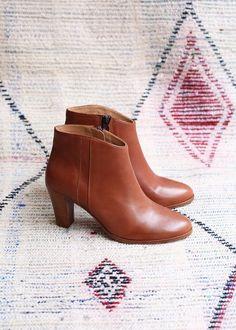 Sézane / Morgane Sézalory - Dakota boots - Essentials Collection www.sezane.com
