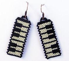 Music seed bead  earrings peyote earrings piano by Anabel27shop