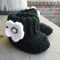 Crochet baby girl boots in black with white by MalindasDesigns, $16.00