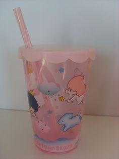 キキララ プラスチックのコップ