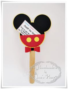Ina's Place Invitations & Party Supplies: Invitaciones Cumpleaños - Super Héroes & Mickey Mouse.