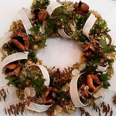 fabulous vancouver florist Autumn wreaths at the store for this weekend festivities. Happy Thanksgiving! #ospreyvillage #autumn #wreath by @ode_to_a_bloom  #vancouverflorist #vancouverflorist #vancouverwedding #vancouverweddingdosanddonts