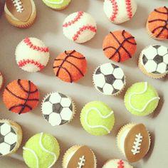Sports cupcakes : baseball cupcakes, soccer ball cupcakes, basketball cupcakes, football cupcakes, tennis ball cupcakes.