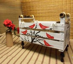 40 cool recycling ideas - DIY decoration from old furniture Cozy Furniture, Painted Furniture, Wooden Crates, Wooden Boxes, Diy Craft Projects, Wood Projects, Wall Stickers Birds, Wood Crafts, Diy And Crafts