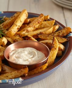 Frites de rutabaga #recette Healthy Living Recipes, Home Recipes, Cooking Recipes, What's Cooking, Potato Side Dishes, Fries Recipe, Yummy Food, Tasty, Recipe Please