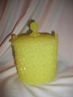 Fenton Rare JONQUILYELLOW Daisy &  Button Candy Dish SAMPLE- NIL