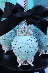 Do you know someone that will be celebrating their 15th birthday? I've got some pretty Quinceanera celebration ideas with a Breakfast at Tif...