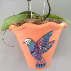 Regina Cesa Pereira: Mosaico sobre vaso de cerâmica