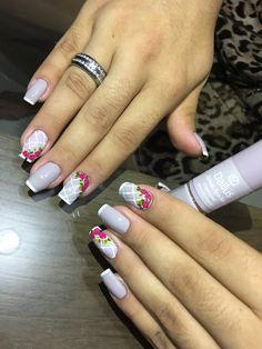 Glitter French Nails, Eyeliner, Love Nails, Hair And Nails, Hair Beauty, Nail Art, Perfect Nails, Pretty Nails, Gorgeous Nails