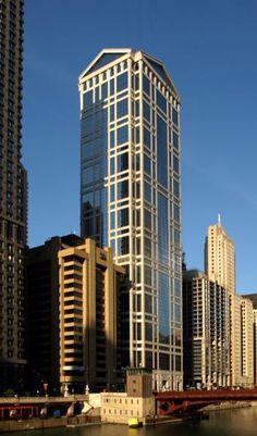 77 West Wacker Drive - The Skyscraper Center Construction Design, Under Construction, Minecraft Projects, Minecraft Ideas, Chicago Usa, United Center, Futuristic City, Skyscraper, Multi Story Building