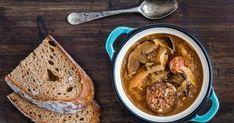 Hubová kapustnica s klobáskou Thai Red Curry, Quinoa, French Toast, Breakfast, Ethnic Recipes, Food, Morning Coffee, Essen, Meals