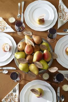 37 Easy Thanksgiving Centerpieces That Bring Elegance to Your Holiday Feast Thanksgiving Centerpieces - Thanksgiving Pear Centerpiece Simple Table Decorations, Elegant Centerpieces, Centerpiece Ideas, Fall Decorations, Table Centerpieces, Table Arrangements, Flower Arrangements, Diy Table, Diy Thanksgiving Centerpieces