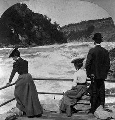 Visitors at Niagara River Whirlpool, 1901