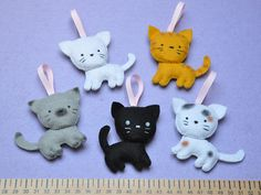 Christmass Tree Felt Ornaments - Cats by Memi The Rainbow, via Flickr