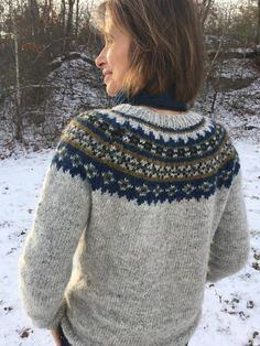 Fair Isle Knitting Patterns, Sweater Knitting Patterns, Knitting Ideas, Icelandic Sweaters, Crazy Hats, Knit In The Round, Yarn Shop, Stockinette, Sweater Design