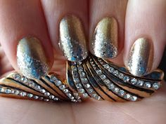 Gold with silver sparkles #nailart!