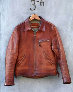 Men's Leather Jackets: How To Choose The One For You. A leather coat is a must for each guy's closet and is likewise an excellent method to express his individual design. Leather jackets never head out of styl Cool Jackets For Men, Stylish Jackets, Stylish Men, Men's Leather Jacket, Vintage Leather Jacket, Leather Men, Leather Jackets, Custom Leather, Grey Leather