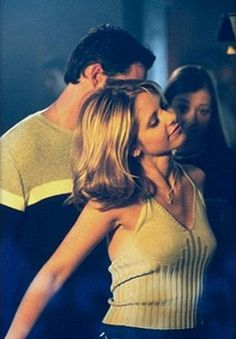 Buffy the Vampire Slayer Photo: Buffy Season 2 DVD Images Marc Blucas, Charisma Carpenter, Michelle Trachtenberg, Spike Buffy, Buffy The Vampire Slayer, Sarah Michelle Gellar, Alyson Hannigan, David Boreanaz, Joss Whedon