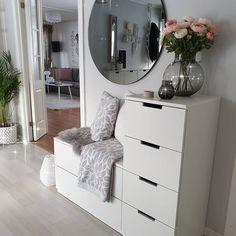 Interior Home Design Trends For 2020 - New ideas Living Room Decor, Bedroom Decor, Bedroom Furniture, Entryway Decor, Ikea Bedroom Storage, Bedroom Ideas, Bedroom Themes, Bed Storage, Bedroom Designs