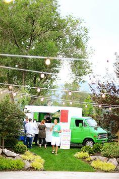 Food trucks at weddings rule