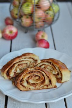 Lasten kanssa keittiössä: Omena-kanelipuustit - Keittiössä, kotona ja puutarhassa