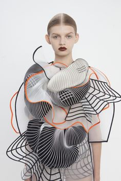 Experimental fashion design with graphic patterns & 3D shapes - wearable art; sculptural fashion // Noa Raviv